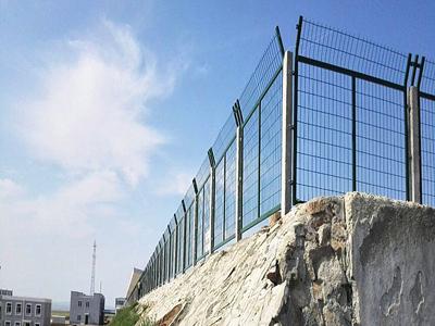 铁丝网铁路防护栅栏 (3).jpg