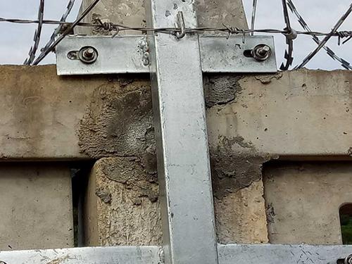 铁路土字立柱